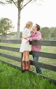 plaid, cowboy, Couple Portraits, woodland, barnyard, rustic, Chattahoochee Hills, GA