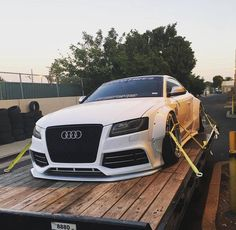 "735 curtidas, 1 comentários - Liberty Walk Australia (@libertywalkaustralia) no Instagram: ""Locked, loaded and ready to go! Liberty Walk Audi S5 自由に歩く!!! Owner    @thomashoes Via   …"""