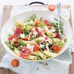Good Food, Yummy Food, Pasta Salad Italian, Food Facts, Macaron, Tasty Dishes, Food And Drink, Healthy Recipes, Dinner