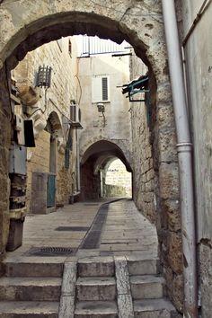 Antic street by Liubov Stoliar on 500px