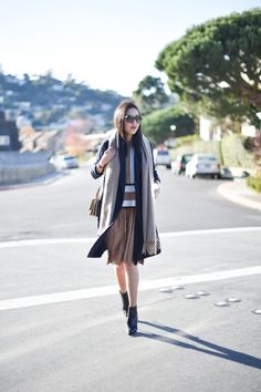 Essential #Style Tip for Office #Outfit Ideas  --- 22 Fashionable Office Outfit Ideas for #Women; An Easy Look for Office  http://www.ecstasycoffee.com/22-fashionable-office-outfit-ideas-women-easy-look-office/