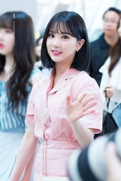 South Korean Girls, Korean Girl Groups, Jung Eun Bi, G Friend, Kawaii Girl, Beautiful Asian Girls, Girls In Love, Korean Singer, Short Hair Styles