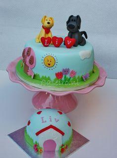 Woezel & Pip brithday cake. With a smashcake