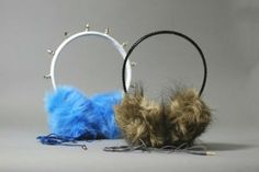 Faux Fur Headphones: An easy tutorial on how to make a pair of ear muff headphones with a detachable cord. The tutorial requires basic sewing and soldering skills. If you do not know how to solder, you can create a pair without a detachable cord. Diy Headphones, Wearable Computer, Diy Headband, Earmuffs, Cute Crafts, Diy For Teens, Diy Clothes, Diy Fashion, Diy Projects