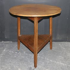 Antique TABLES - 19th C Fruitwood and oak cricket table. 1860.
