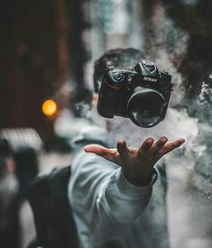 Royal Photoshop For Beginners - Beauty Photography Smoke Bomb Photography, Levitation Photography, Dark Photography, Artistic Photography, Creative Photography, Amazing Photography, Street Photography, Portrait Photography, Photography Ideas