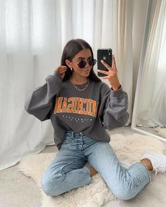 Trendy Fall Outfits, Casual School Outfits, Teen Fashion Outfits, Retro Outfits, Cute Casual Outfits, Stylish Outfits, Winter Outfits Tumblr, Cute Vintage Outfits, Streetwear Mode