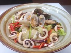 Cold noodle with seafood