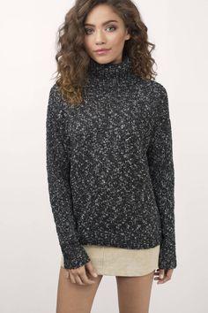 Abree Black & White Sweater