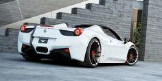 Individualized 9,0 + 12,5x21 inch F.I.W.E. ultralight forged wheels for Ferrari 458 Spider // Ferrari 458 Italia Spider mit geschmiedeten, 3-teiligen Felgen F.I.W.E. - Radsterne in mattschwarz mit weißen Aussenbetten und roter Outline // #wheelsandmore