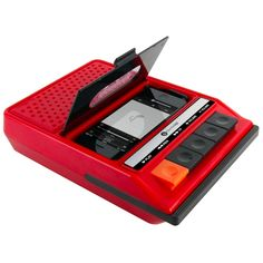Retro style iPhone speaker. Buttons really work! Looks like an old school '80's tape recorder.