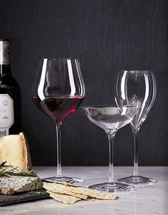 Wine + #Glass = Taste. Discover more here http://www.friendsofglass.com/taste/wine-in-the-glass-means-best-taste/