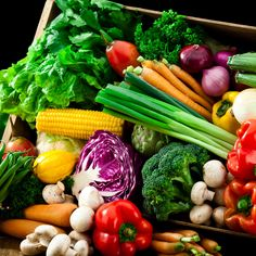 Você sabia que a folha de louro atrai dinheiro? E que a hortelã atrai justiça? Conheça o poder espiritual dos alimentos.
