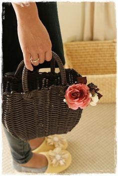 【秋のプチブローチ】選ぶのが楽しい~♪ Straw Bag, Bags, Handbags, Bag, Totes, Hand Bags