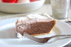 No-Bake S'mores Chocolate Pudding Pie. No campfire needed!