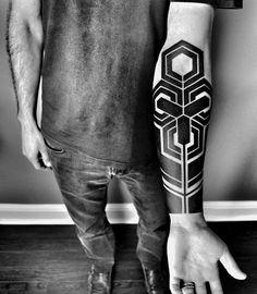 tatouage homme bras tendances tattoo modernes 2018