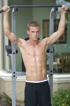Cam Gigandet aka James from Twilight