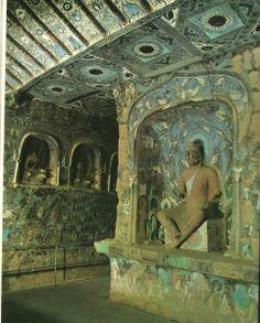 Dunhuang Cave Art - Vue-interieure-de-la-grotte-254-Wei-du-Nord.jpg