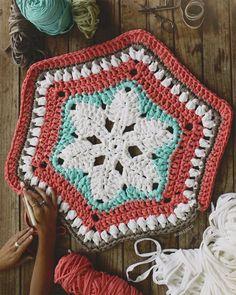 Vt. Crochet patrones y motivos para usar como alfombra o lo que quieras. Más
