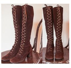 Vintage 1960s GoGo Boots - Brown Suede Lace Up Hippie Mod 60s Shoes Heels - 7
