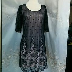 Venus Lace dress NWOT Lace dress, linning from 100 % polyester. Size Small. Very cute dress to go out or work. You will look gorgeous in this dress, also feels very лук. Not fitted in waist.  Never worn, New.  no tag. Venus Dresses Midi