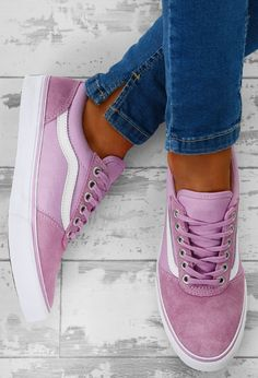 b8b3489bddf7 99 Best shoes images in 2019