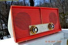 Radio Antigua, Antique Radio, Old Music, Sounds Great, Vacuum Tube, Retro Vintage, Vintage Ideas, Vintage Decor, Vintage Handbags