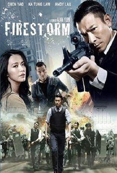 Firestorm [HD] (2013) AZIONE – DURATA 118′ – CINA, HONG KONG Una tempesta si sta dirigendo verso Hong Kong e con essa la città subisce l'ennesimo colpo messo a segno dagli esperti criminali guidati dal famigerato Nam. Con armi ad alto potenziale, il gruppo compie un violento attacco a un altro furgone blindato, in pieno giorno…
