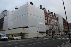 How to stop shrink wrap sheeting for scaffolding detaching