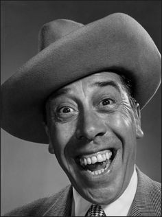 Don Camillo, . Silly Faces, Funny Faces, Comic Face, Philippe Halsman, Tv Movie, Montage Photo, Face Expressions, Celebrity Portraits, Interesting Faces