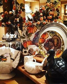 Thanksgiving is 12 days away Canada and just in time our Heritage Turkey and Heritage Pumpkin Collections are now on sale!  #potterybarn #pbsherway #potterybarnsherway #mypb #mypotterybarn #lovemypotterybarn #mypb #mypbstory #pbstyle #pbstyletip #sherwaygardens #sherway #toronto #mississauga #oakville #burlington #gta #goldenhorseshoe #thanksgiving #turkey #pumpkin #tabletop #tablescape #sale #entertaining #hosting #homedecor #interiordesign #inspiration