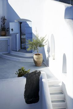 GREECE CHANNEL | Mediterranean Living I Santorini, Greece barefootstyling.com