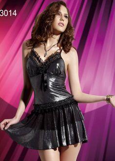 Seksi Elbise 3014; İnce askılı, dantel desenli, parlak kumaştan üretilmiş Seksi elbise modelidir.
