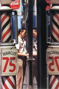 (© Saul Leiter, Haircut, 1956)