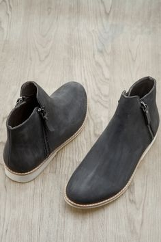 Rollie Boots Shoe Shop, Kid Shoes, Chelsea Boots, Trainers, Ankle Boots, Footwear, Man Shop, Women, Style
