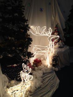 PTA ideas - the best Christmas Fair Ideas in pictures Christmas Grotto Ideas, Christmas Fair Ideas, Christmas Fun, Xmas, School Fundraisers, Too Cool For School, Beautiful Christmas, Winter Wonderland, Santa
