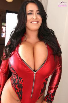 UK #glamour model Leanne Crow in Red Devil