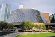 Top 10 | Toronto's Architectural Gems - Roy Thomson Hall 60 Simcoe Street | Arthur Erickson and Mathers and Haldenby