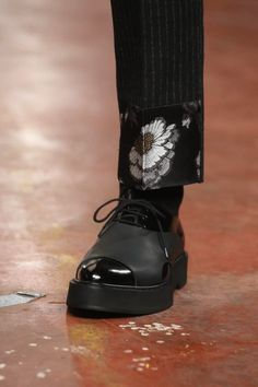 Ummm....these shoes and slacks please!  Alexander McQueen Menswear Fall Winter 2015 London
