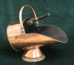 copper coal scuttle - Google Search Country Style Living Room, Copper, Lounge, Google Search, Ideas, Airport Lounge, Drawing Rooms, Lounges, Brass