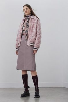 See the complete Markus Lupfer Pre-Fall 2018 collection.