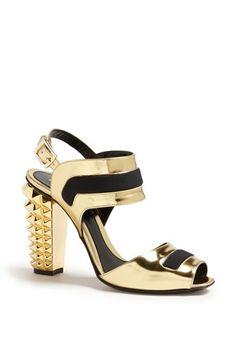 Shop now: Polifonia Sandal