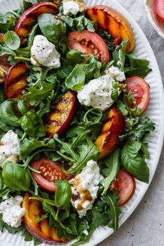 This grilled nectarine salad is made with burrata, heirloom tomatoes, arugula, basil, and a homemade balsamic vinaigrette. It's so easy to make and bursting with fresh summer flavours! Recipe is gluten-free, vegetarian, and meant to be enjoyed as a side salad. Summer Salad Recipes, Healthy Salad Recipes, Summer Salads, Healthy Sides, Healthy Side Dishes, Nectarine Salad, Sliced Tomato, Heirloom Tomatoes, Side Salad