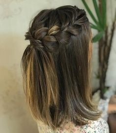 Nice Braids Wedding Hairstyles For Short Hair - Hair Styles Braided Hairstyles For Wedding, Short Wedding Hair, Box Braids Hairstyles, Party Hairstyles, Trendy Hairstyles, Hair Updo, Braided Hairstyles For Short Hair, Medium Length Hairstyles, Hairstyle Ideas