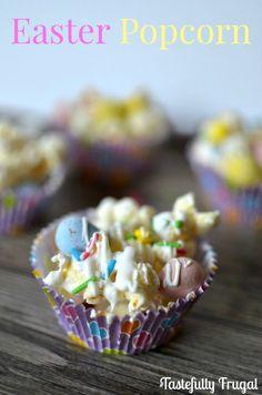 Easter Popcorn: A sweet and crunchy treat that both kids and adults will love!