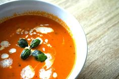 #Budget: Homemade tomatencremesoep met basilicum. | Daily Pleasures | Bloglovin'