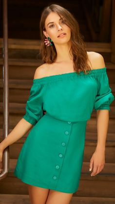 Off Shoulder Outfits, Gisele, Healthy Relationships, Green Dress, Glamour, Chic, My Style, Womens Fashion, Casual