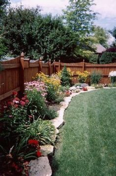 Beautiful Border! Great For Texas Heat! Landscaping Project Landscape Idea  Project Difficulty: Simple