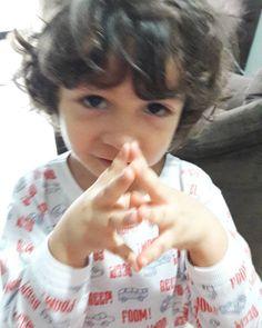 Mamãe vamos viajar o mundo. Pasquel Benjamin. . . . . . . #familia #tea #autism #filho #benjamin #maternidade #maternidadereal #mae #pnl #maedemenino #anjoazul #foco #paz #love #cute #detalhes #proposito