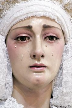 Our Lady of Sorrows Madonna, Pink Ombre Hair, Crying Girl, Our Lady Of Sorrows, Golden Goddess, Holy Mary, Blessed Virgin Mary, Blessed Mother, Mother Mary